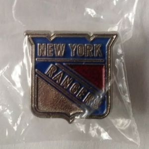 NHL NEW YORK RANGERS COLLECTOR'S PIN MEMORABILIA